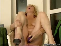 Horny old whore gets horny...